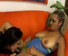 Лесбиянки 654
